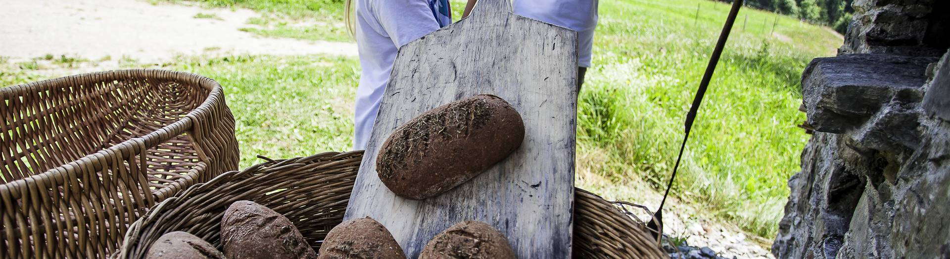 Geschmack der Kindheit - Brot backen Lesachtal